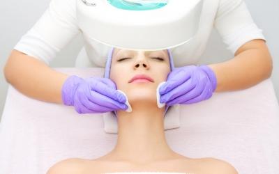 Базовая процедура для лица (ультразвуковая + механическая чистка)