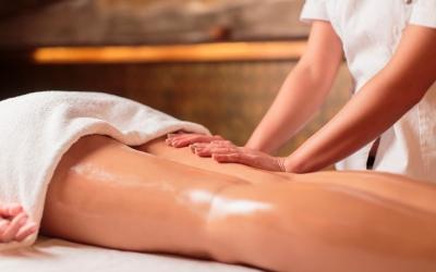 Классический массаж спины и ног