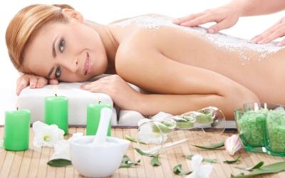 Ягодные и цветочные пилинги с массажем