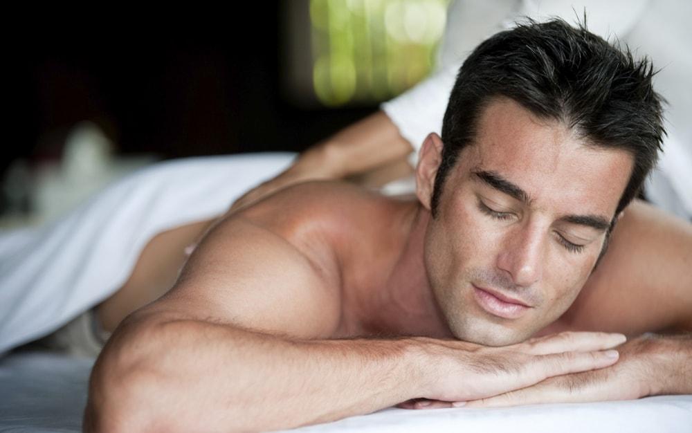 Классический массаж всего тела для мужчин