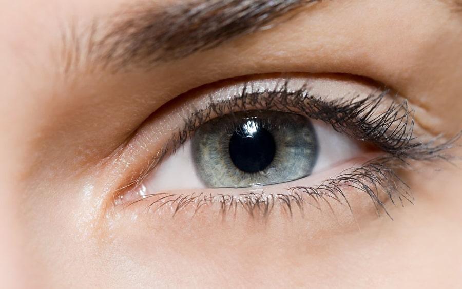 Anti - Age Mezoterapija ar botulotoksīna efektu ādai ap acīm